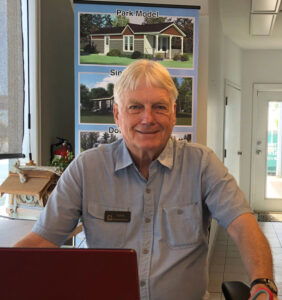 Iconic Island Dwellings, Larry Hudson Sales
