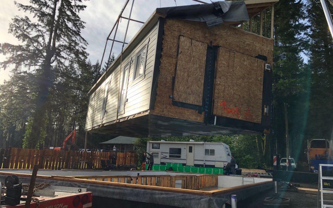 Home craned onto foundation